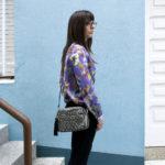 camisa tropical violeta