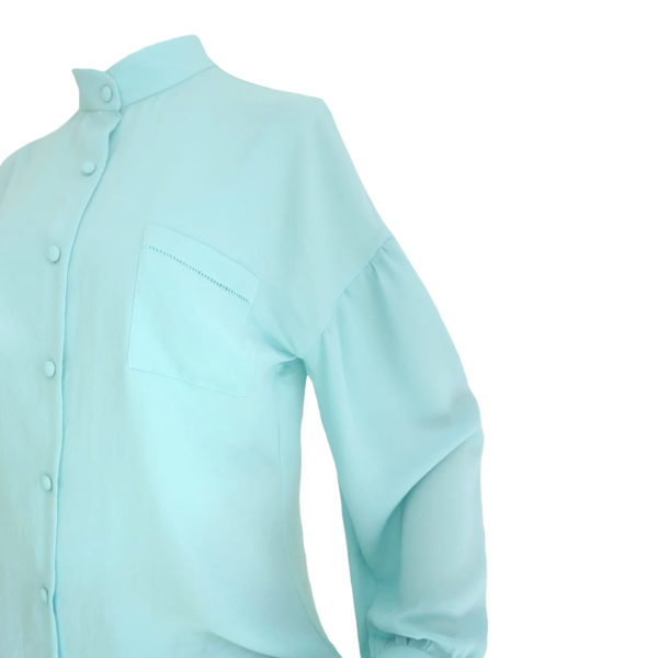 Blusa azul vintage de manga longa