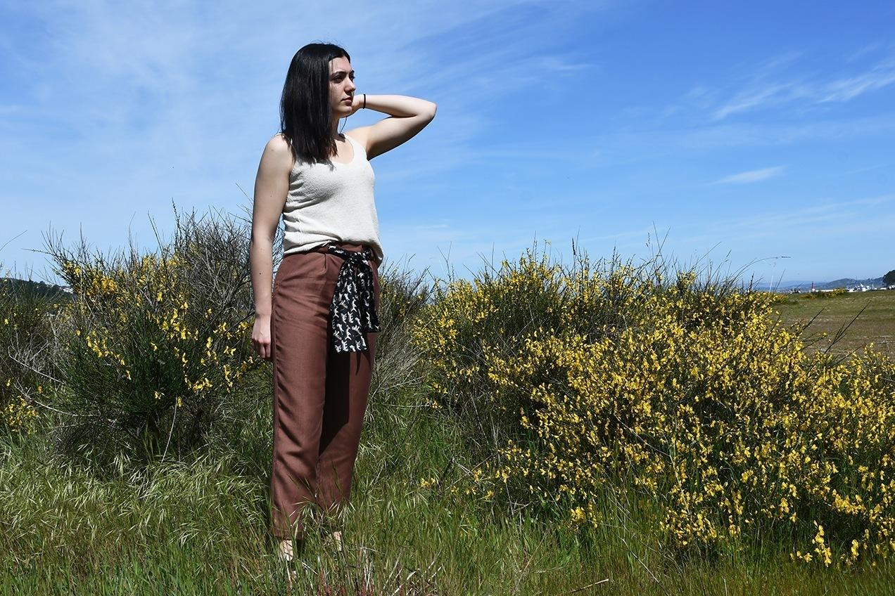 pantalón marrón