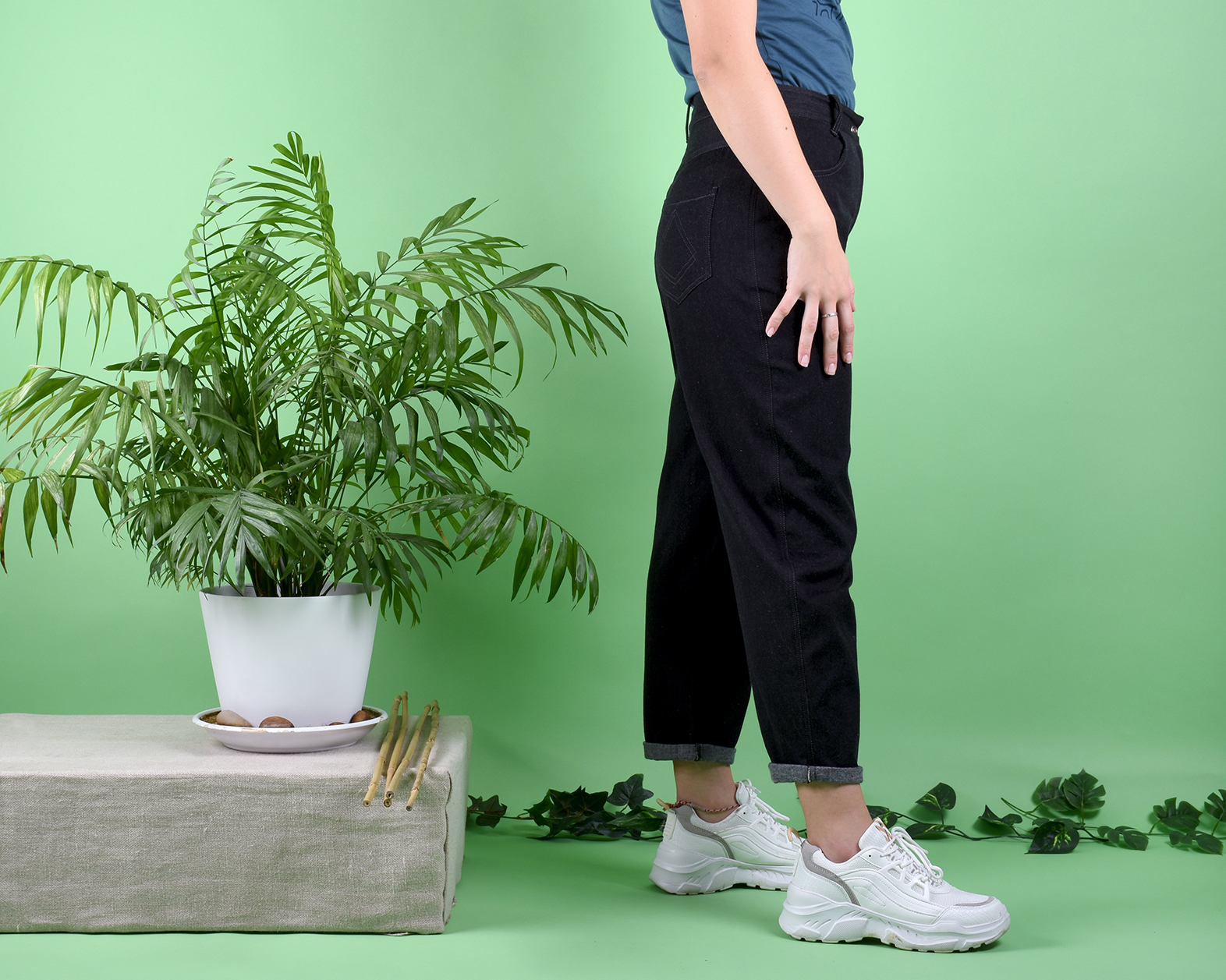 pantalon_mom_negro_2
